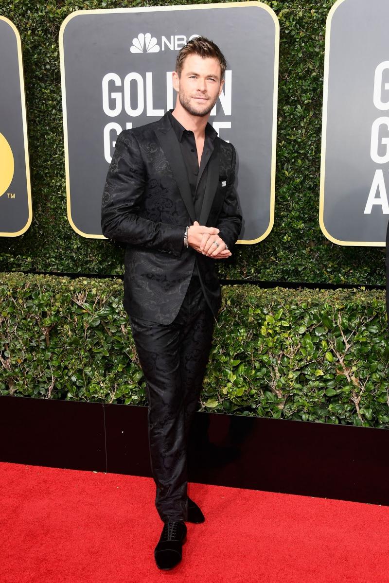 """""""Thần sấm"""" Chris Hemsworth cũng có mặt và tham gia ủng hộ hoạt động của tổ chức Time's Up."""