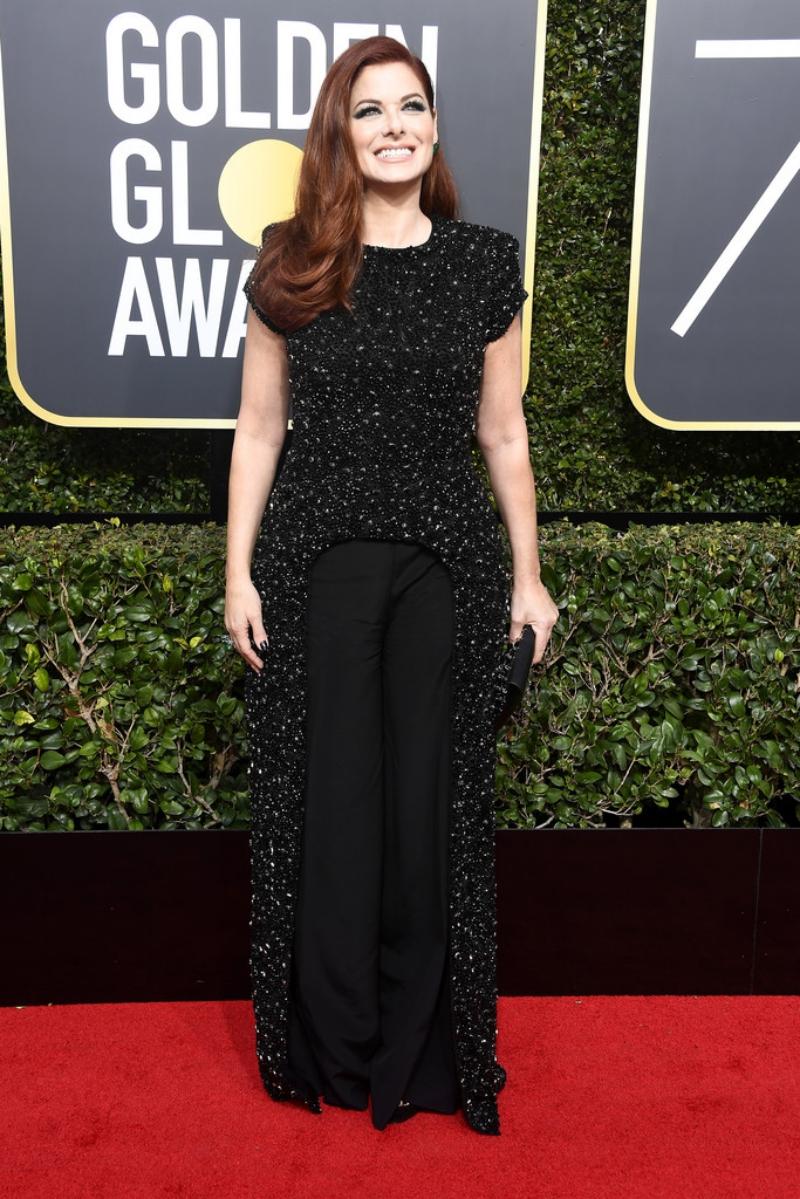 Nữ diễn viên Debra Messing nổi bật với thiết kế sang trọng của Christian Siriano.