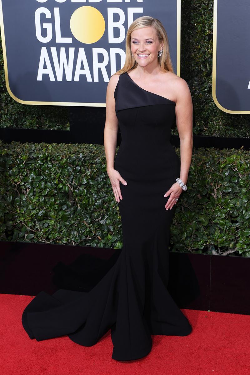Reese Witherspoon tươi tắn rạng rỡ trong chiếc đầm lệch vai của Zac Posen.