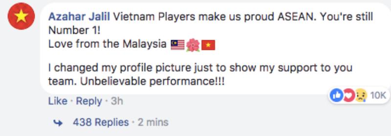 Azahar Jalil: Những cầu thủ Việt Nam đã khiến chúng tôi, những người Đông Nam Á, vô cùng tự hào. Các bạn vẫn là số 1! Muôn vàn yêu mến từ Malaysia. Tôi đã thay hình đại diện của mình để thể hiện sự ủng hộ đến đội tuyển của các bạn. Một trận đấu không thể tin được!