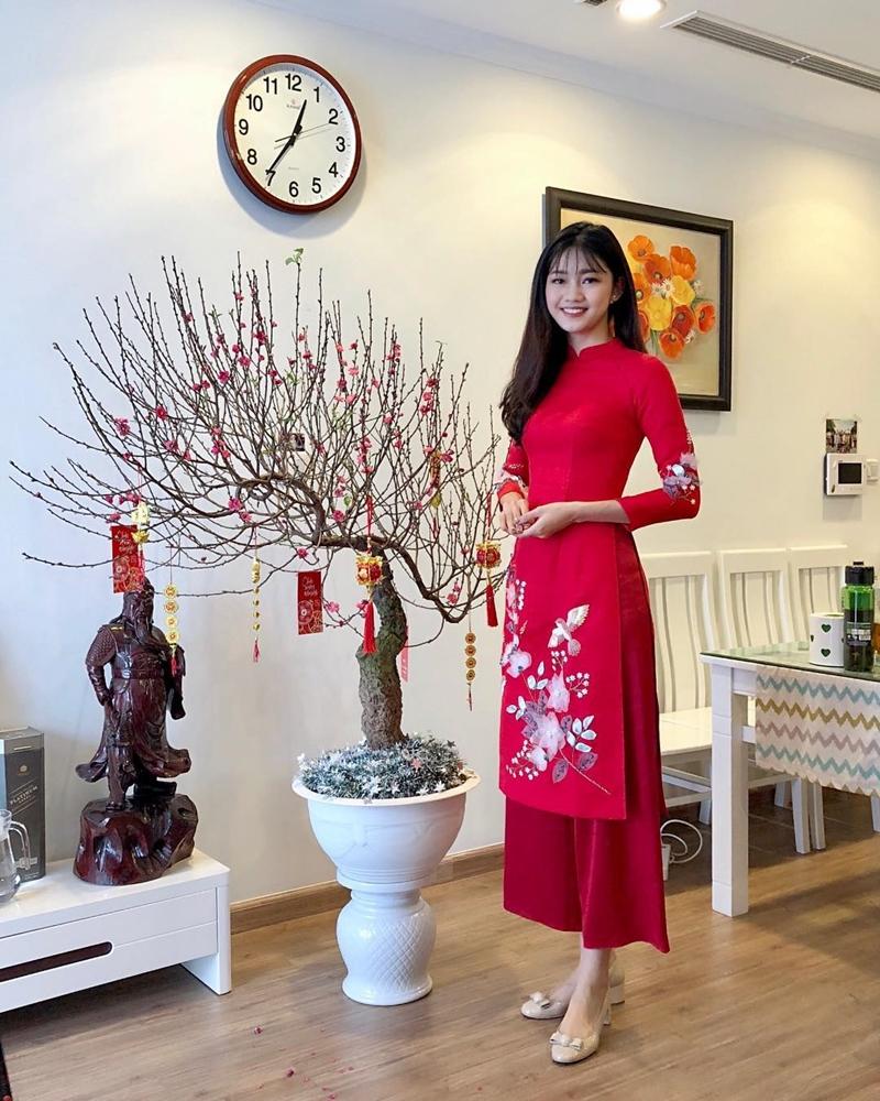 201819_my_nhan_viet_xung_xinh_ao_dai_ngay_tet_deponline_10