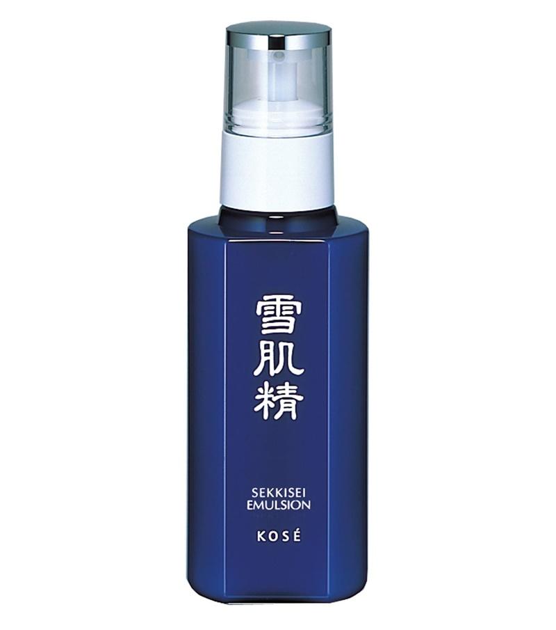 Kem dưỡng ẩm và làm trắng Kosé Sekkisei Emulsion: $50 (khoảng 1.100.000VND)