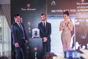 Điện thoại hạng sang Tonino Lamborghini Alpha One chốt giá 55 triệu VND tại Việt Nam