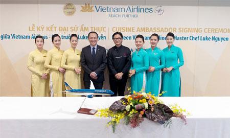 Hãng hàng không Vietnam Airlines lần đầu tiên có Đại sứ Ẩm thực Toàn cầu