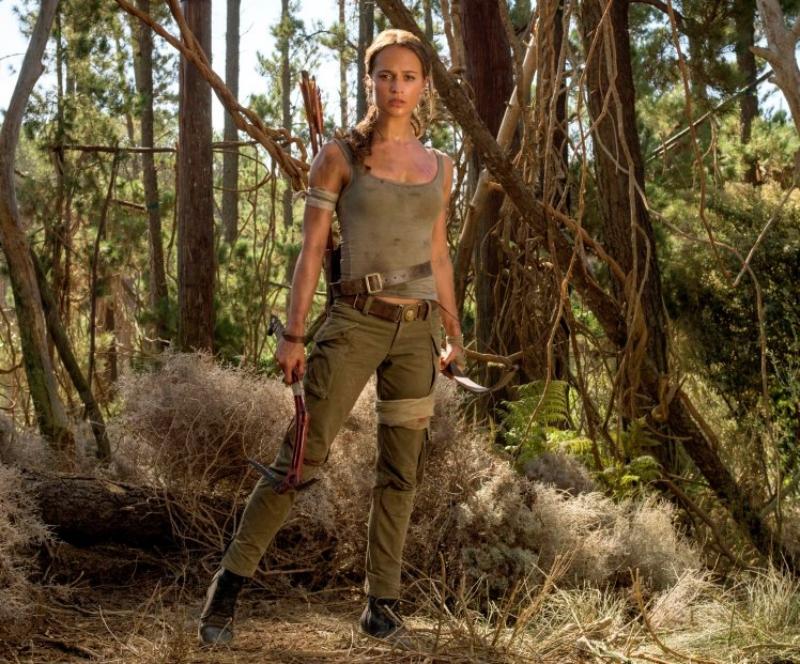 """Tạo hình nhân vật Lara Croft mới do Alicia Vikander thủ vai trong phim """"Tomb Raider"""" năm 2018."""