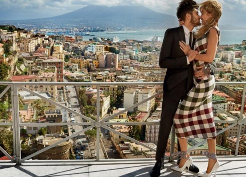 Những điều ngọt ngào Gigi và Zayn dành cho nhau đã khiến công chúng nhìn khác về tình yêu của họ. Cùng tài năng và sự nổi tiếng của mình, cả hai trở thành cặp đôi quyền lực nhất Hollywood.