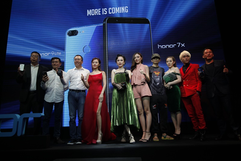 honor_launch_005-20180308