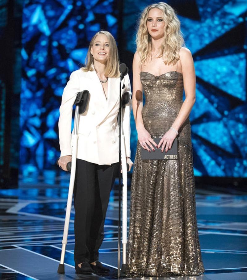 """May sao Jennifer Lawrence sẽ cùng Jodie Foster trao giải cho """"Nữ diễn viên chính xuất sắc"""""""