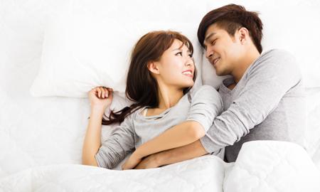 """Khi ta chỉ là """"bạn ngủ"""" của nhau"""