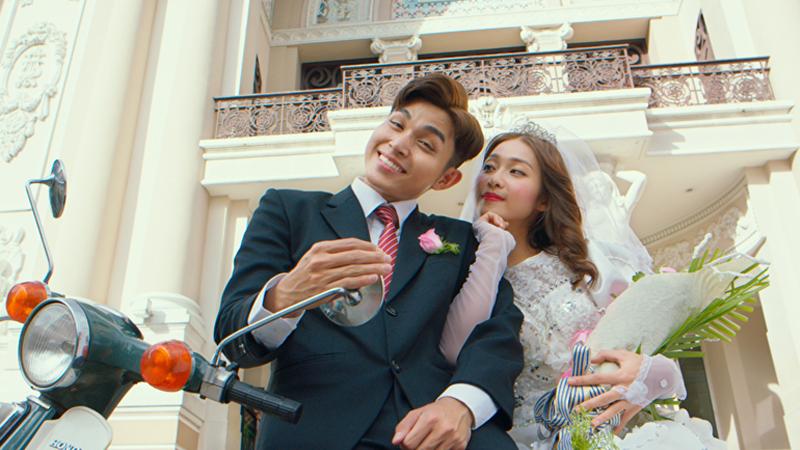 """Hé lộ """"ảnh cưới"""" đẹp như mơ của Khả Ngân – Jun Phạm, dàn sao Việt nô nức đến chúc mừng"""