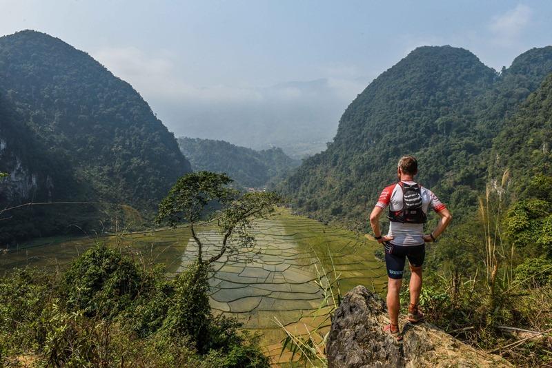 """Vận động viên từ 40 quốc gia chạy bộ tại """"thiên đường"""" Pù Luông"""