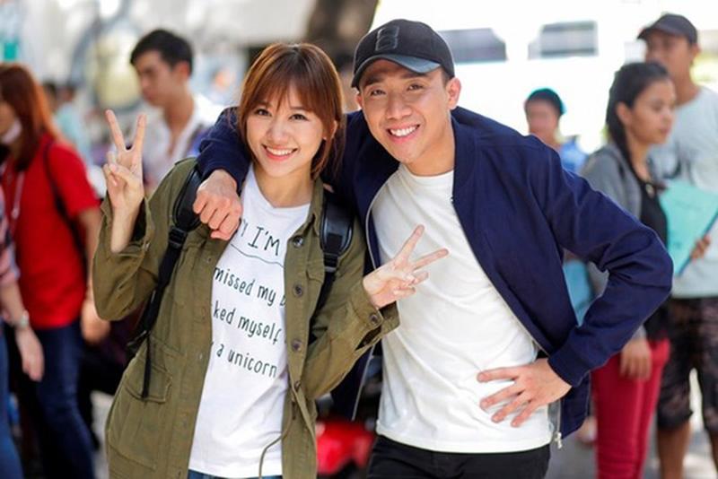Trấn Thành và Hari Won công khai hẹn hò sau khi sánh đôi trong buổi tiệc của Trường Giang.