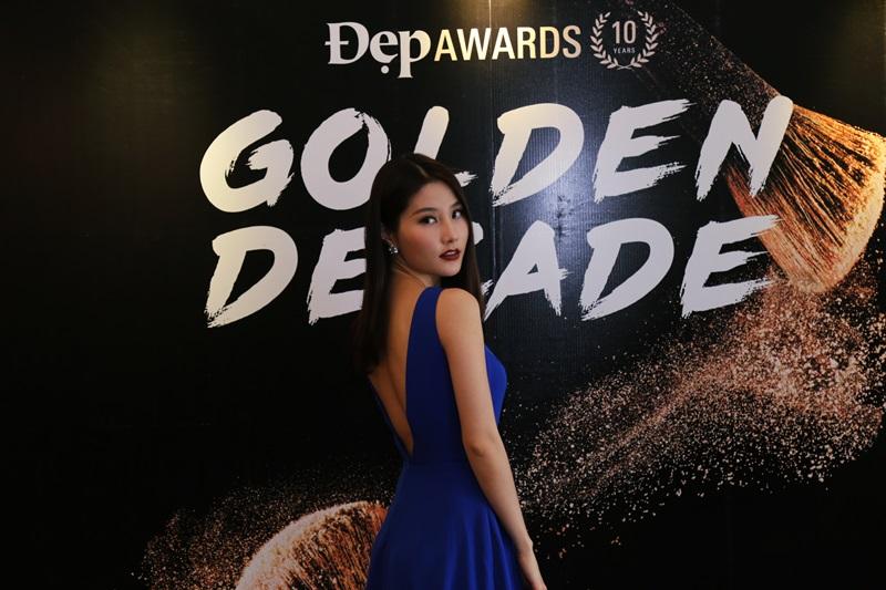 Ca sỹ, diễn viên Phương Trinh Jolie