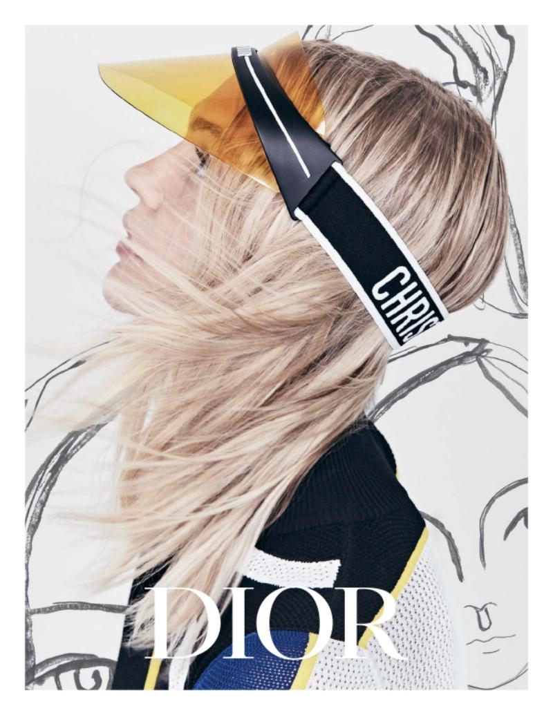 Thiết kế hiện đại, vượt qua những chuẩn mực thông thường đã khiến cho DiorClub1 trở thành món phụ kiện được săn đón trong thời gian này.