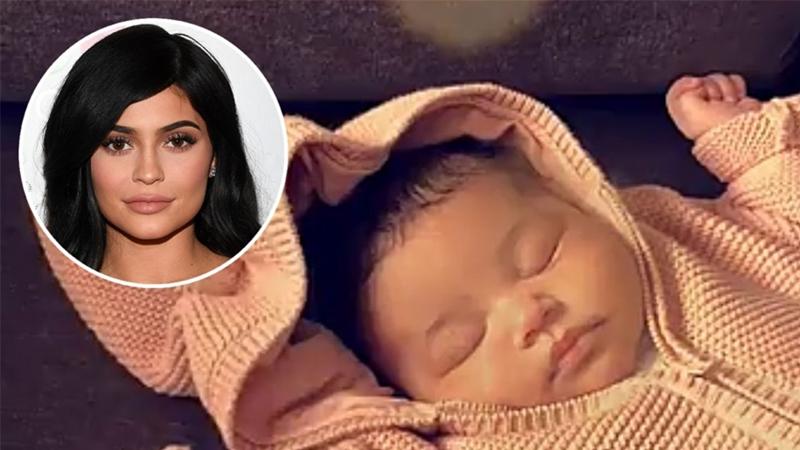 Kylie Jenner: Sinh con không đồng nghĩa trở thành một người mẹ