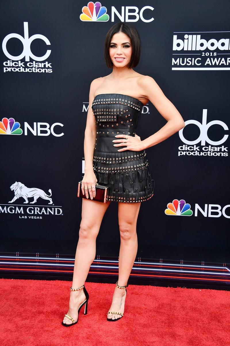 Jenna Dewan - vợ cũ của Channing Tatum - khoe dáng vóc gợi cảm khỏe khoắn trong thiết kế của Zuhair Murad.