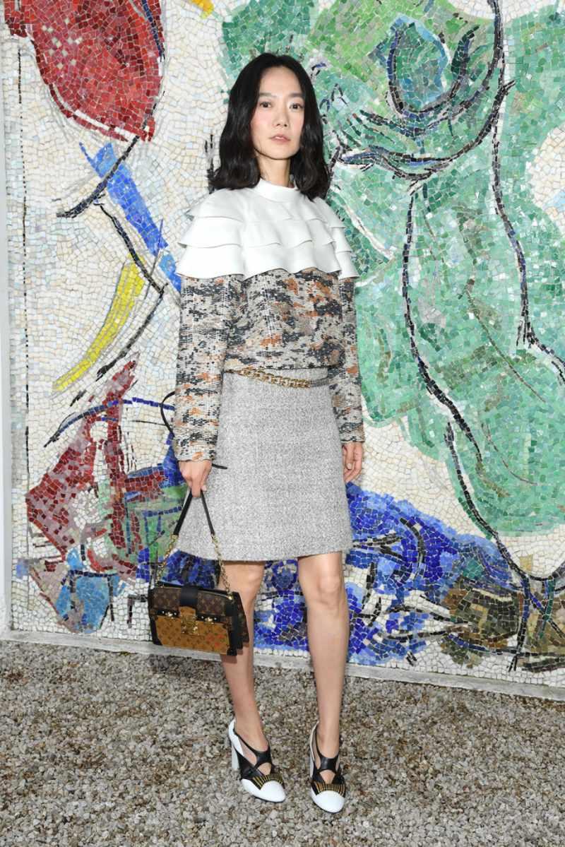 """Không thể thiếu cô Sun của series phim truyền hìn hăn khách """"Sense8"""" - nữ diễn viên Hàn Quốc Doona Bae."""
