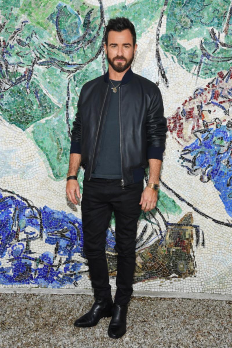 ... nam diễn viên Justin Theroux ...