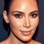 Bạn có tò mò về bộ mỹ phẩm dưỡng da trị giá hơn 100 triệu của Kim Kardashian?
