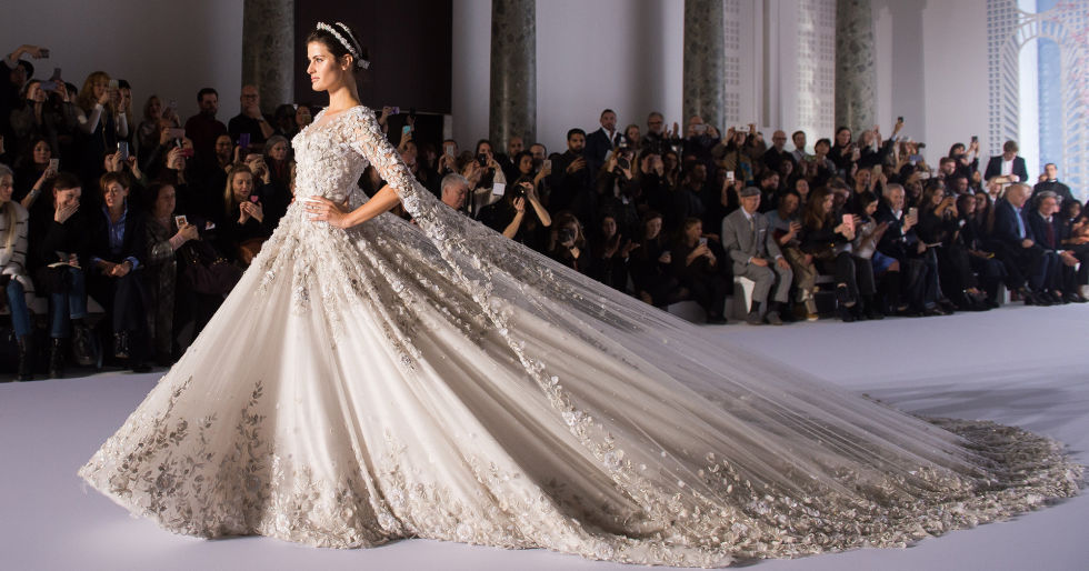 ralph_and_russo_couture_wedding_gown_by_battousaiblade7-dag0xh5