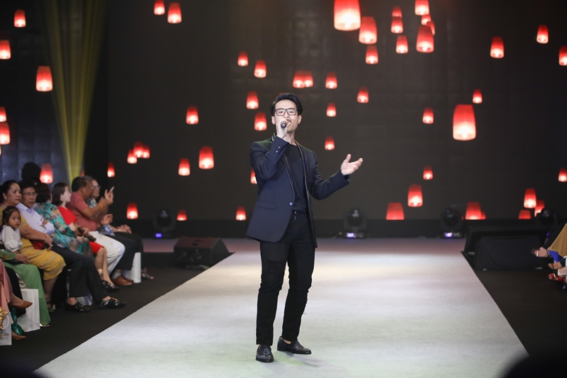 Hà Anh Tuấn mang đến ca khúc Xin Cho Tôi (Cố NS Trịnh Công Sơn) và Niềm Tin (NS Lê Anh Dũng).