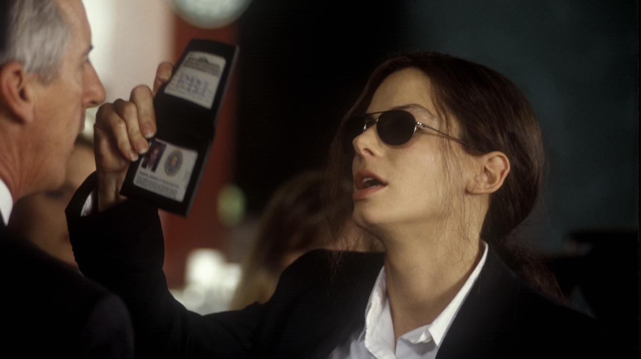 Thành danh nhờ thể loại phim hành động vào những năm 1990 không phải là điều dễ dàng gì, nhất là với diễn viên nữ như Sandra Bullock.