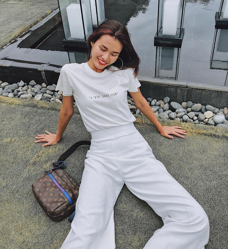20180506_xu_huong_white_on_white_deponline_03
