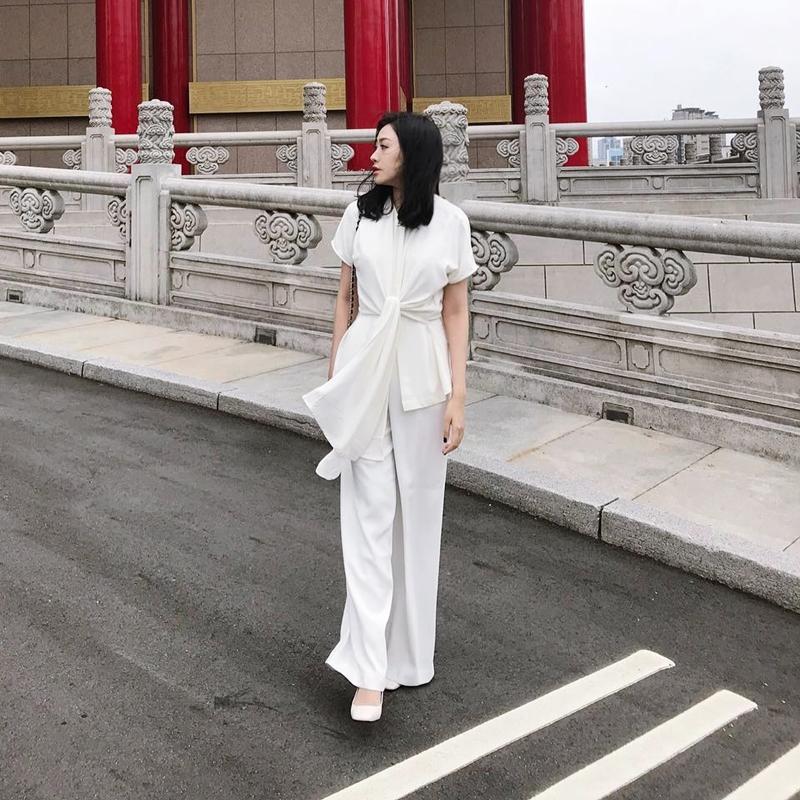 20180506_xu_huong_white_on_white_deponline_05