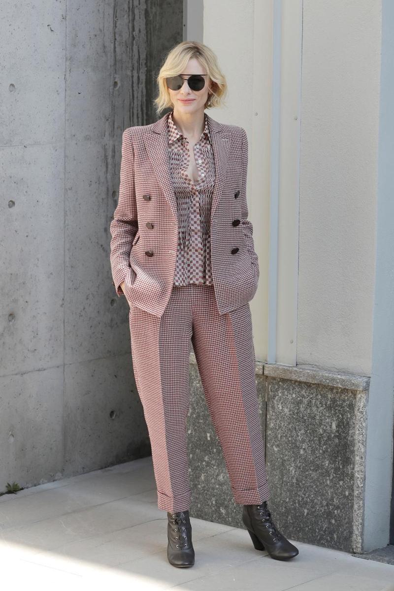 20181506_cate_blanchett_bo_suu_tap_suit_deponline_12