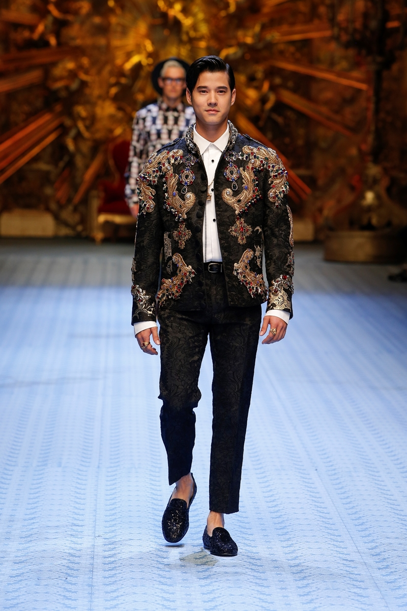 20182106_dolce_and_gabbana_men_show_2018_deponline_00