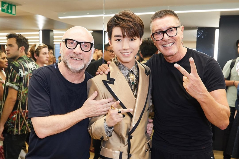 20182106_dolce_and_gabbana_men_show_2018_deponline_16a