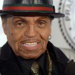 Cha đẻ của huyền thoại âm nhạc Michael Jackson qua đời