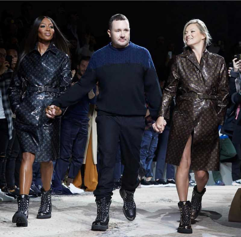 NTK Kim Jones là một người bạn rất thân của Naomi Campbell. Ông từng là Giám đốc Nghệ thuật cho dòng sản phẩm nam của Louis Vuitton. Tại show diễn BST cuối cùng ông thực hiện cho Louis Vuitton, Naomi Campbell và Kate Moss đã xuất hiện cuối show cùng NTK Kim Jones chào khán giả.