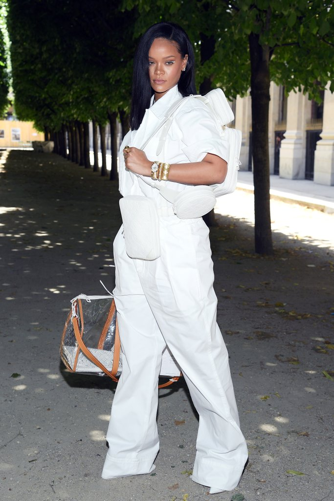 rihanna-louis-vuitton-menswear-show-paris-june-2018
