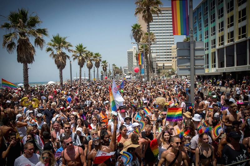 Khoảng 250,000 người đã tham gia diễn hành tại thành phố Tel Aviv (Israel) trong năm nay.
