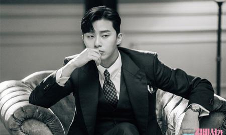 """""""Phó chủ tịch Lee"""" Park Seo Joon làm mưa làm gió, soán ngôi Song Jong Ki và Jung Hae In"""