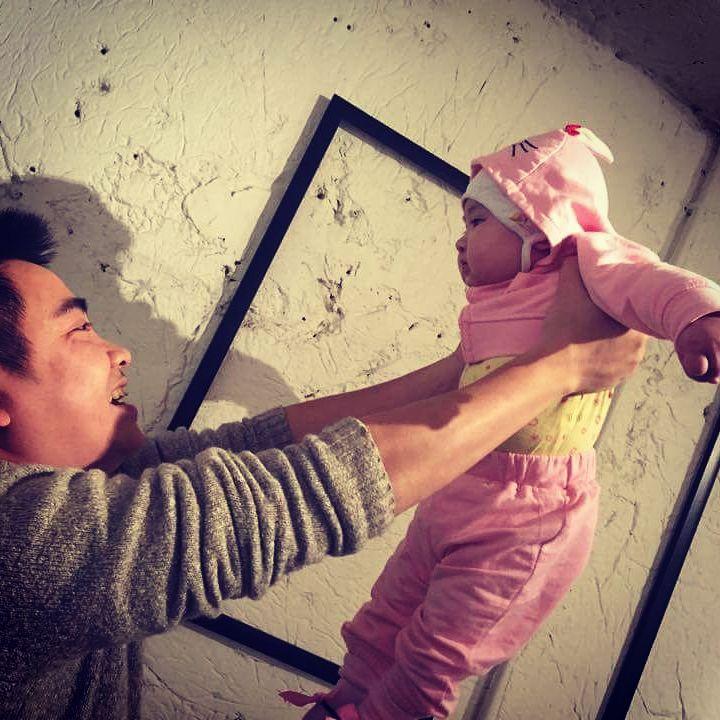 """Đinh Trần Tuấn Linh: """"Tôi sợ bị đánh tráo con trong viện, sợ con không có đủ lông mày,…"""""""