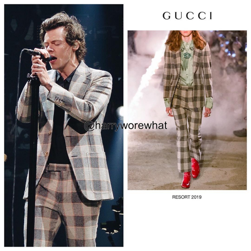 BST Cruise 2019 của Gucci mới ra mắt hồi tháng 5 vừa qua thôi mà Harry Styles đã được ưu ái ngay tắp lự.