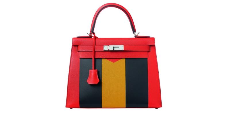 Túi xách Kelly trong BST Kellygraphie II của Hermès.
