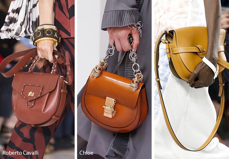 Bên cạnh đó những thiết kế túi đeo chéo truyền thống vẫn giữ nguyên vị trí.