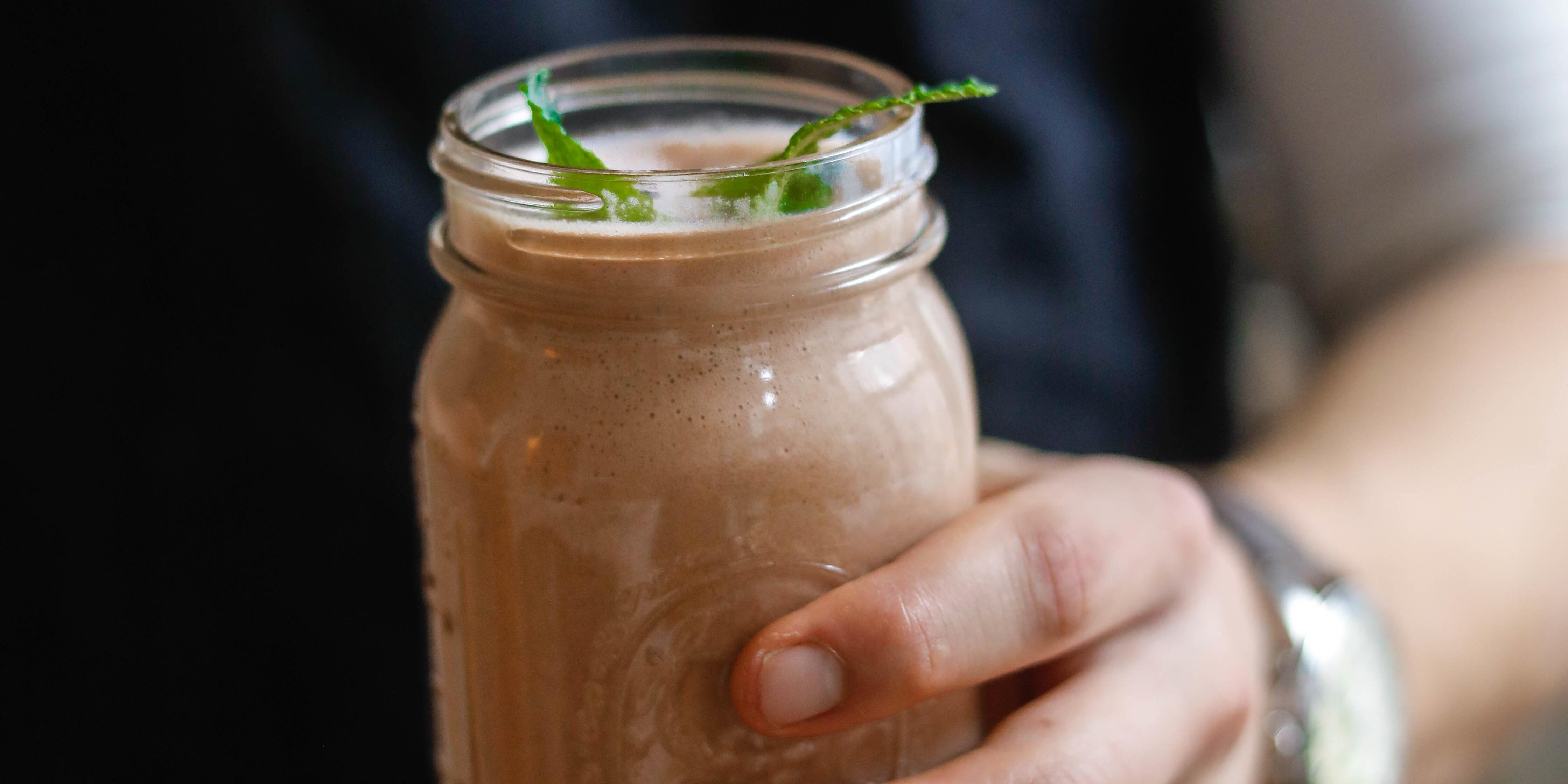 chocolate-protein-shake