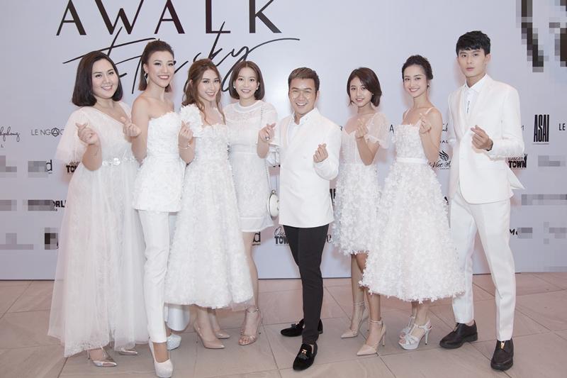 """NTK Chung Thanh Phong (giữa) cùng nhóm """"Ngựa hoang"""" trong phim Tháng năm rực rỡ."""