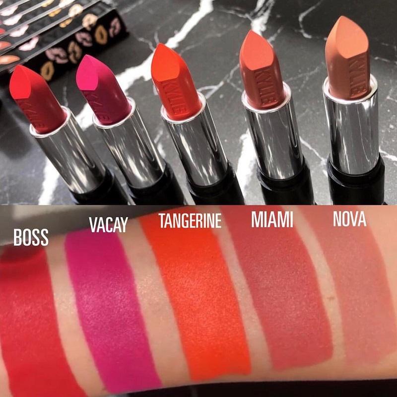 The Summer Matte Lipstick có giá 17USD/cây (khoảng 387.000VND)