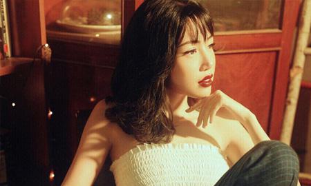 """Elly Trần: """"Bây giờ tôi thấy mình còn đẹp hơn thuở đôi mươi"""""""