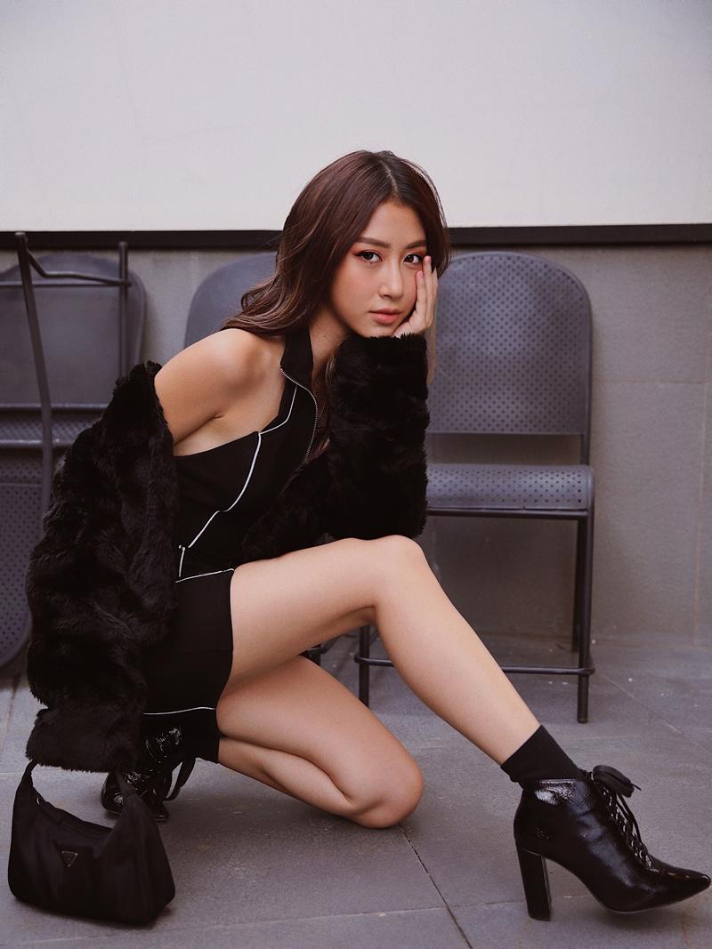 """Phong cách street style có khả năng """"đốn tim"""" của nàng fashionista Hà Thành."""