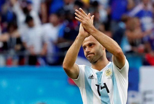 Sao Argentina đua nhau chia tay đội tuyển sau trận thua Pháp