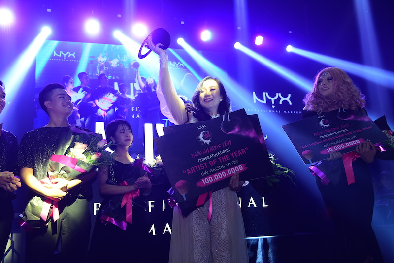 Mia Trần chiến thắng cuộc thi trang điểm NYX Face Awards 2018 tại Việt Nam