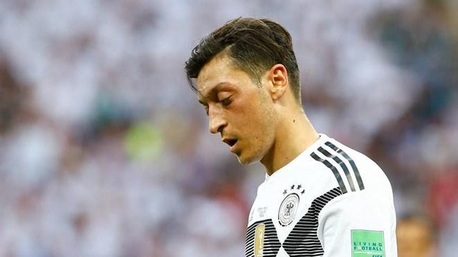 Chủ tịch DFB Grindel nói gì sau khi Oezil từ giã đội tuyển Đức?