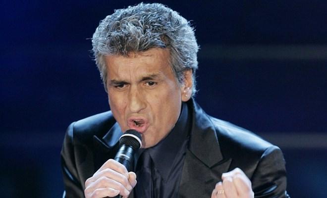 """Giọng ca nổi tiếng của bài hát """"L'Italiano"""" nhập viện"""
