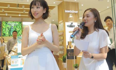 Min cùng các beauty bloggers rủ nhau mua sắm tại buổi khai trương innisfree Hà Nội